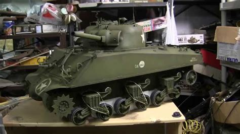 1/6th scale Dragon M4A3 Project video #8 (90% complete