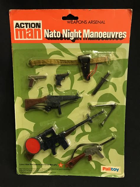 VINTAGE ACTION MAN - NATO NIGHT MANOEUVRES Carded Weapons
