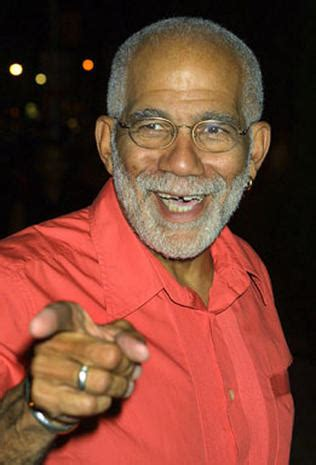 Ed Bradley - Photo 1 - Pictures - CBS News