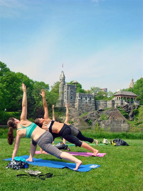 Photo entry: Lovely Life NYC Yoga in the Park